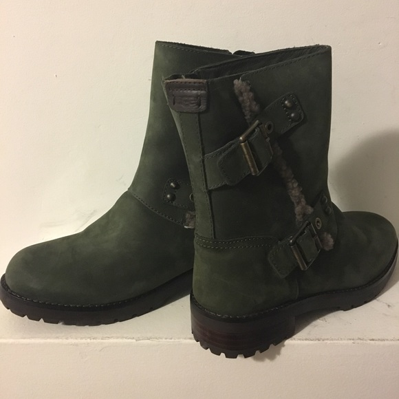 5c1e4855a1c [UGG] Niels Army Green Buckle Winter Boots Sz 6M NWT